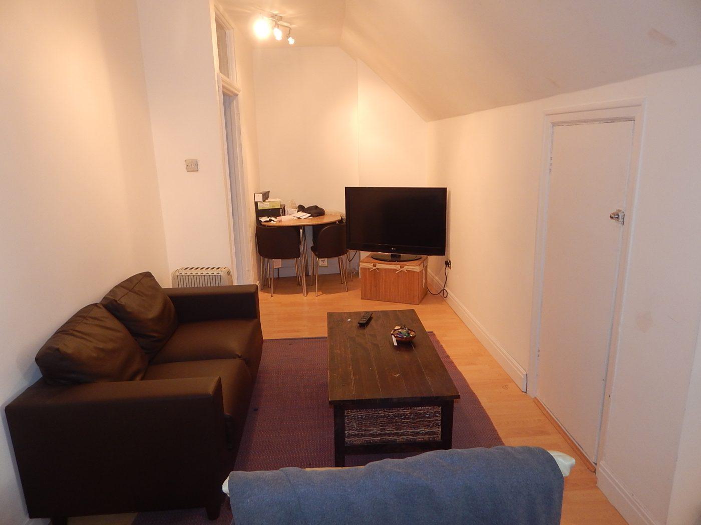 Golders Green Road - 1 Bedroom Flat