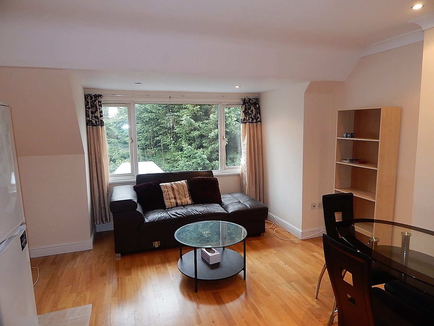 Finchley Road, NW11 - 1 bedroom flat